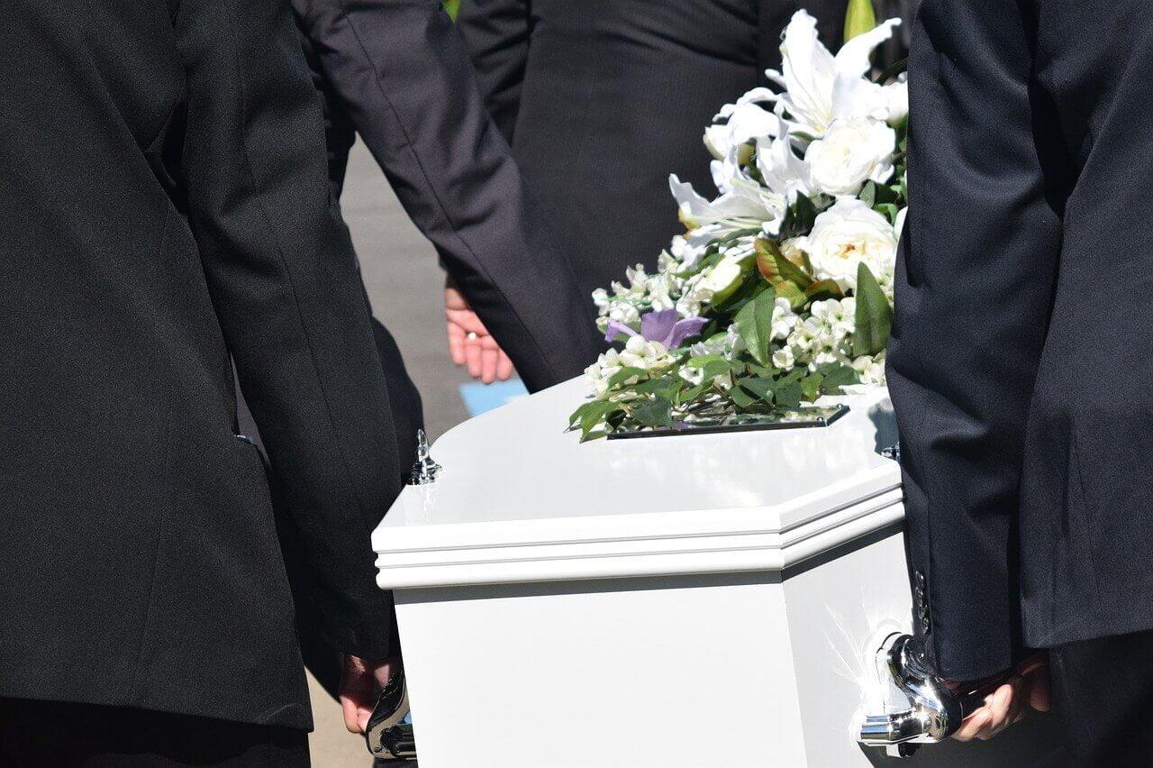 Spara pengar på din begravning